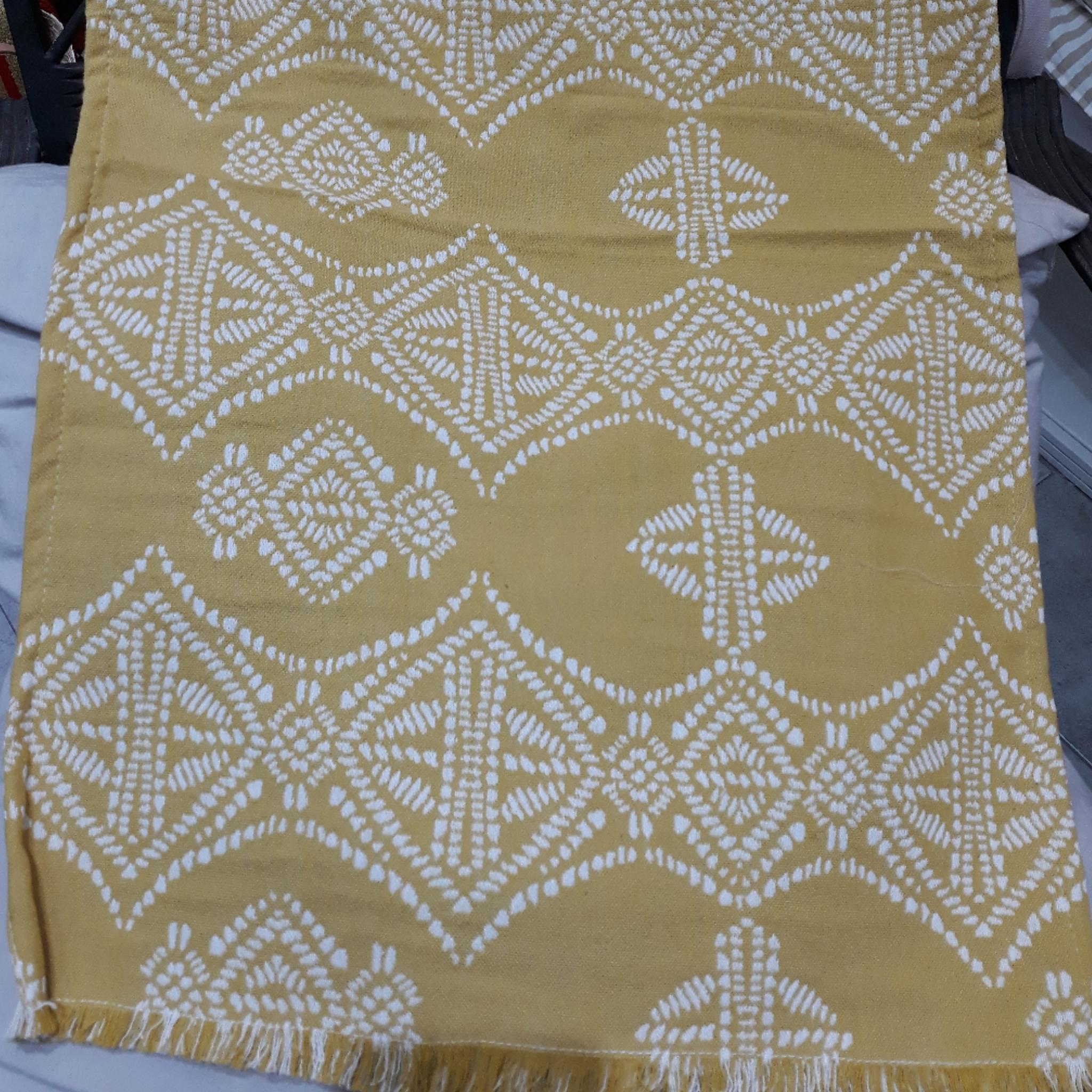 Carpeta Candra Mostaza