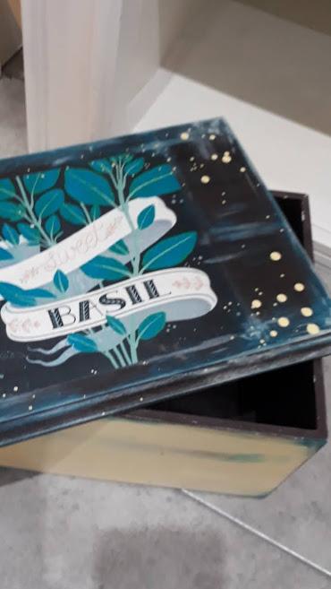 Caja Basil